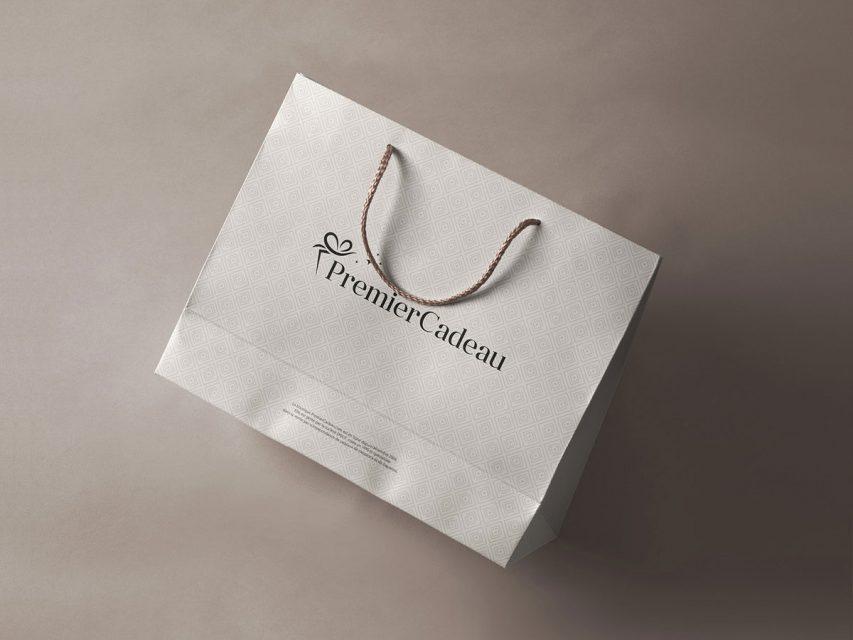 Premier cadeau - Création de logo